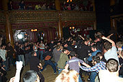 180px-crowd_moshing